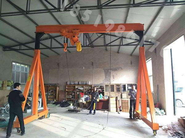 2.5吨/2.8吨龙门吊产品展示